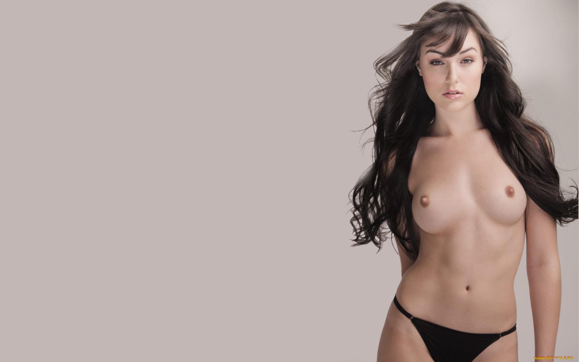 Rae Gray Nude